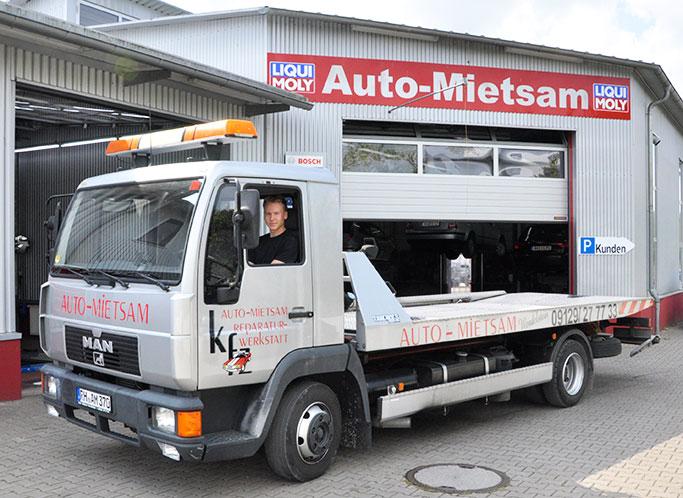 Abschleppdienst mit dem Abschleppwagen von Auto Mietsam in Wendelstein