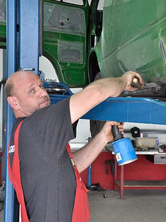 Unfallinstandsetzung bei KfZ-Werkstatt Auto Mietsam in Wendelstein